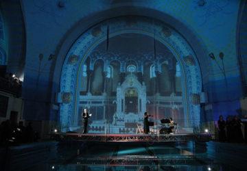 Instalacja multimedialna w dawnej synagodze poznańskiej